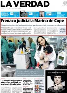 "Ampliar para leer. ""frenazo judicial a marina de cope"" portada de La Verdad"